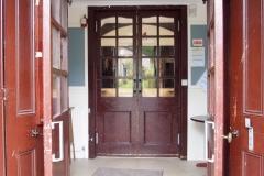 Entrance & foyer